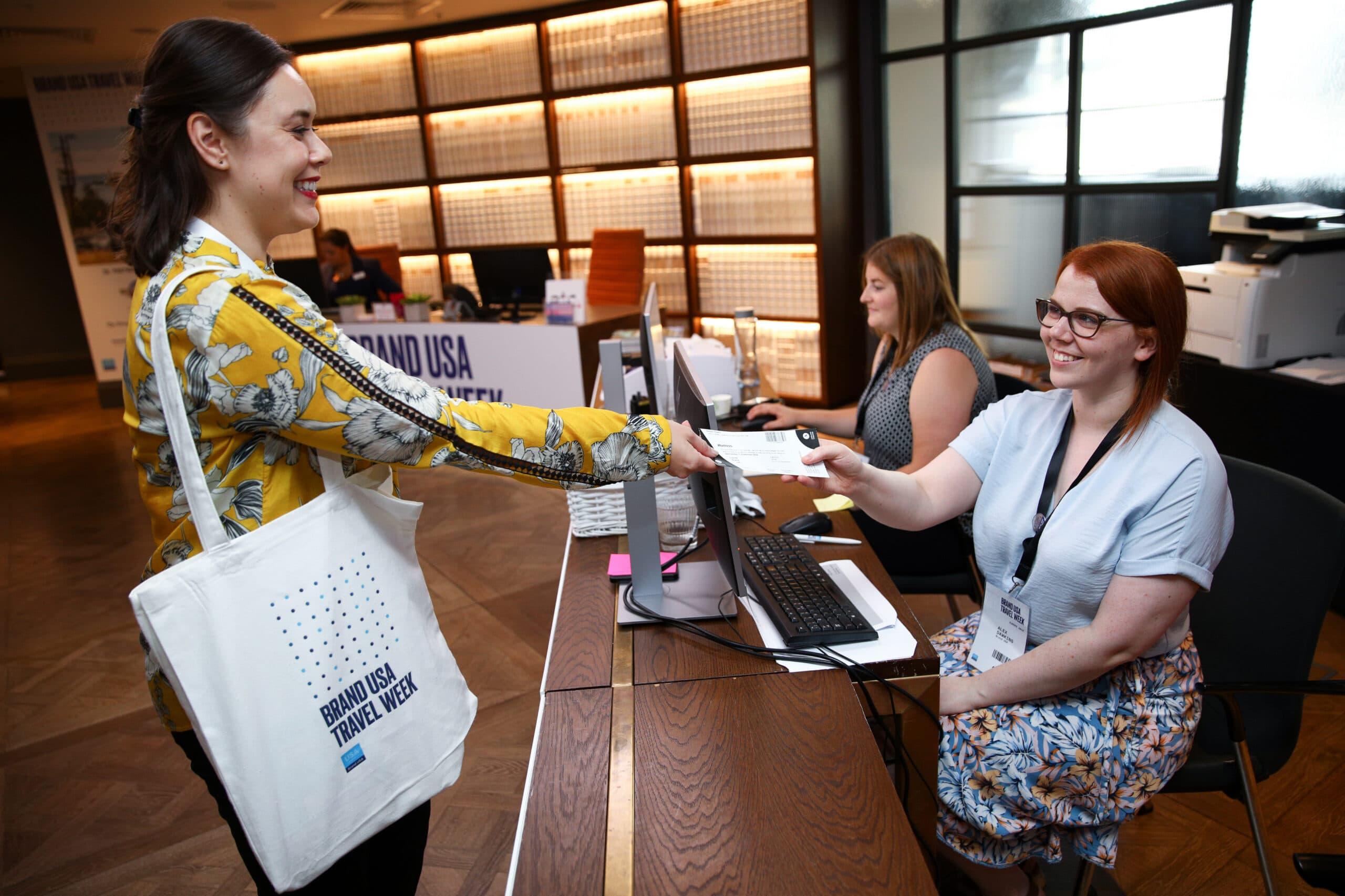 Brand-USA-Travel_Week-Welcome-Desk-Citizen