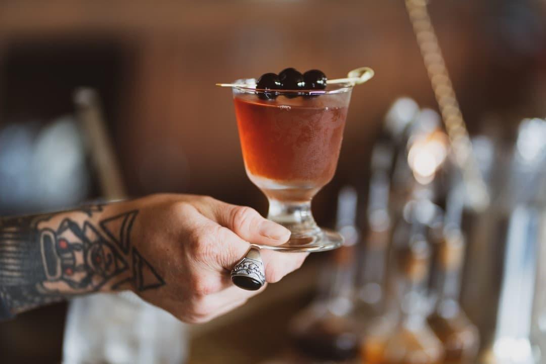 Kiesling-Drink-Hand-Citizen