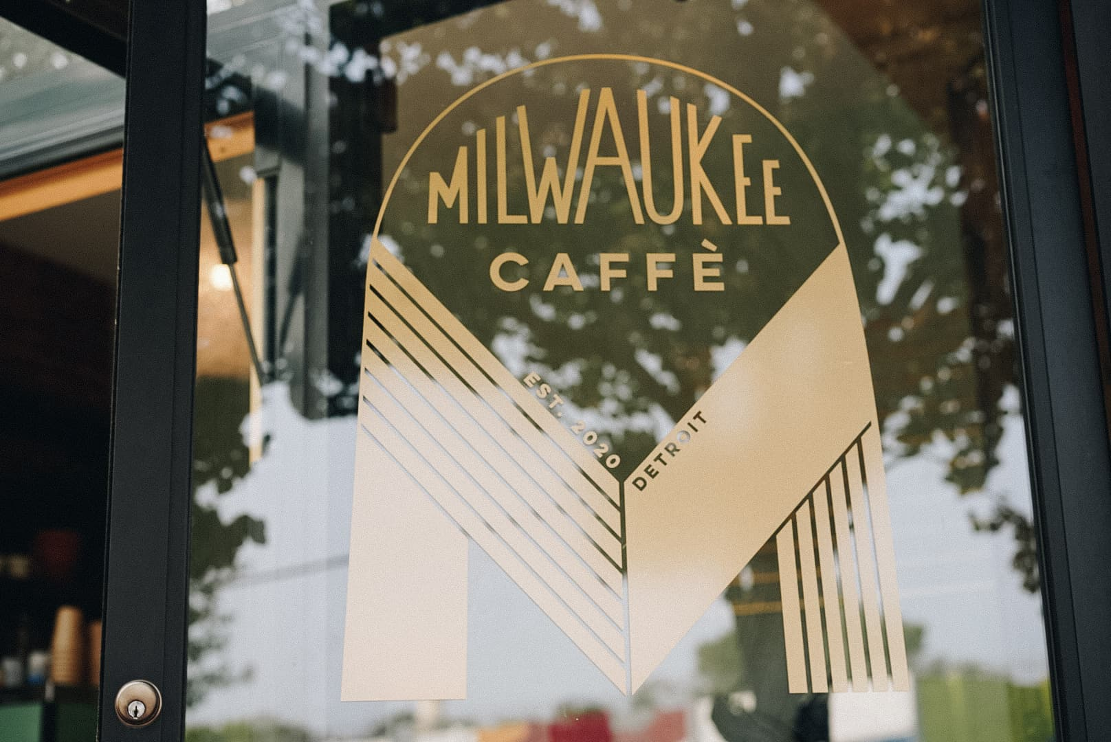 Milwaukee-Caffè-Door-Vinyl-Citizen